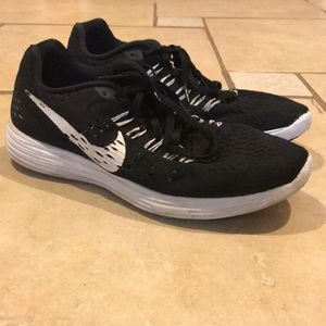 Nike Lunartempo Black Running Shoes